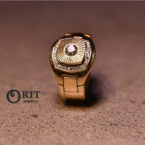 טבעת זהב לגבר משובץ